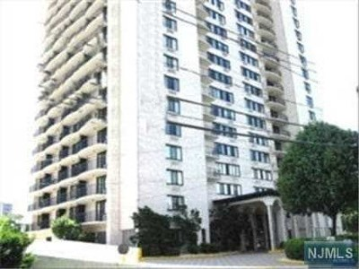 Rental For Rent: 1590 Anderson Avenue #3c