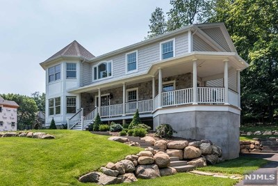 Ramsey Single Family Home For Sale: 115 East Crescent Avenue