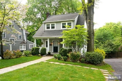 Ridgewood Single Family Home For Sale: 516 Hillcrest Road