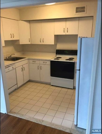 Rental For Rent: 1590 Anderson Avenue #6c