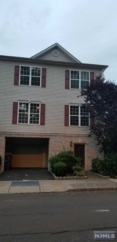 Englewood Condo/Townhouse For Sale: 87 Mattlage Place