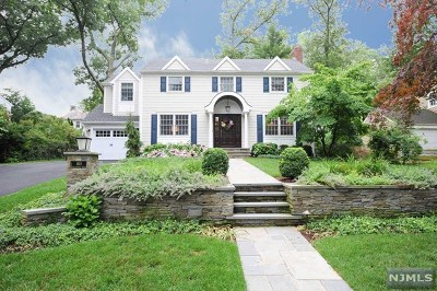 Ridgewood Single Family Home For Sale: 815 Stratford Road