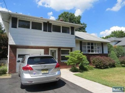 New Milford Single Family Home For Sale: 365 Henley Avenue