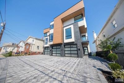 Cliffside Park Condo/Townhouse For Sale: 136 Pine Street #A