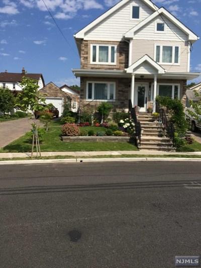 Ridgefield Single Family Home For Sale: 424 Van Renssalaer Court