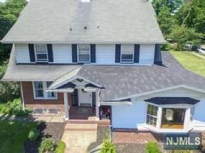 Glen Rock Single Family Home For Sale: 261 Rock Road