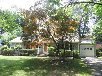Glen Rock Single Family Home For Sale: 40 Thurston Terrace