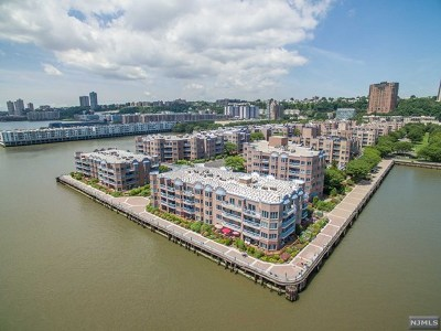 Edgewater Condo/Townhouse For Sale: 307 Ellery Court