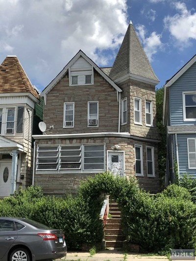Hudson County Single Family Home For Sale: 266 Maple Street