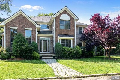 Essex County Single Family Home For Sale: 170 Satterthwaite Avenue