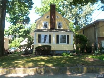 Fort Lee Single Family Home For Sale: 1119 Abbott Boulevard