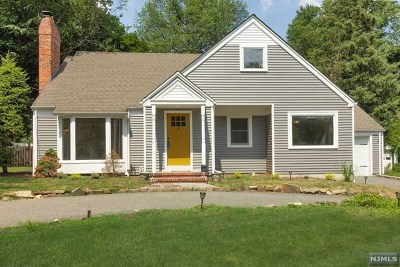 Demarest Single Family Home For Sale: 18 Lois Avenue