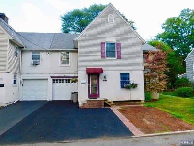Fair Lawn Single Family Home For Sale: 335 Plaza Road