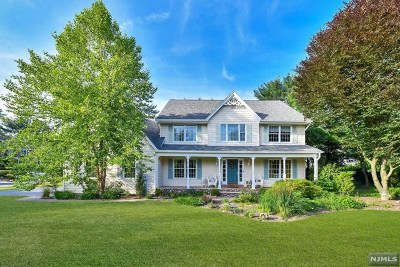 Franklin Lakes Single Family Home For Sale: 1001 Franklin Lake Road