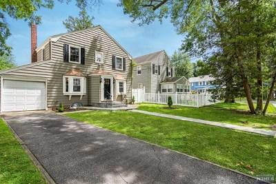 Teaneck Single Family Home For Sale: 73 Park Avenue
