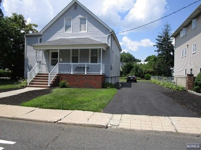 Little Ferry Single Family Home For Sale: 70 Grove Street