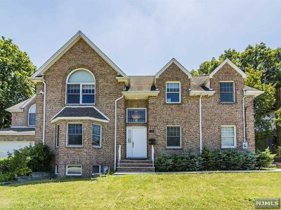 Fort Lee Single Family Home For Sale: 2430 Hammett Avenue