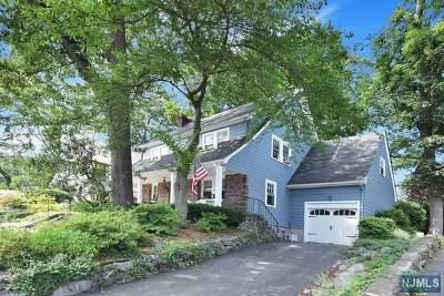 Ridgewood Single Family Home For Sale: 457 Alpine Terrace