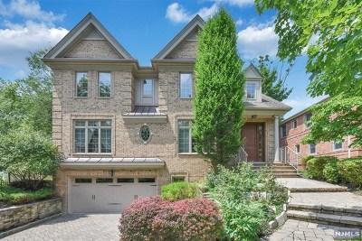 Tenafly Single Family Home For Sale: 77 Hazelton Terrace