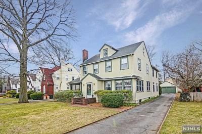 Ridgewood Single Family Home For Sale: 360 North Van Dien Avenue