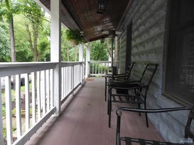 Hillsdale Single Family Home For Sale: 55 Lafayette Avenue