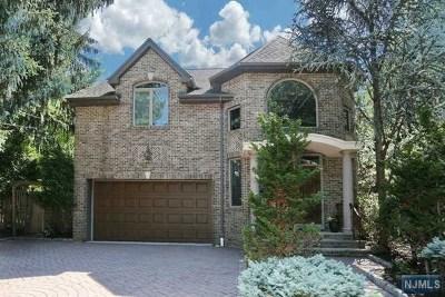 Park Ridge Single Family Home For Sale: 48 Fairview Avenue