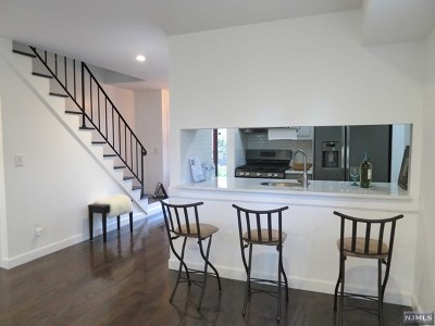 Fort Lee Condo/Townhouse For Sale: 2183 Ellery Avenue