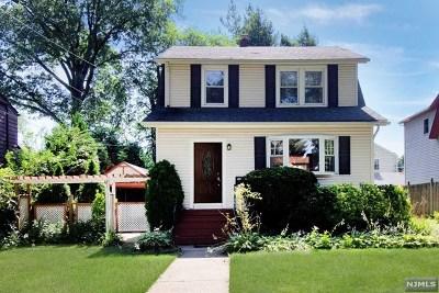 Teaneck Single Family Home For Sale: 99 Park Avenue
