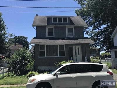 Teaneck Single Family Home For Sale: 194 Walnut Street