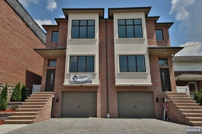 Fairview Condo/Townhouse For Sale: 385 Jersey Avenue #B