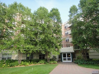 Edgewater Condo/Townhouse For Sale: 100 Grand Cove Way #5h