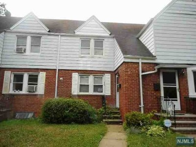 Englewood NJ Condo/Townhouse For Sale: $159,000