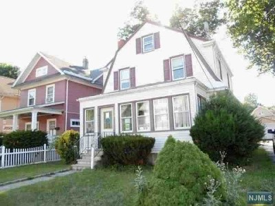 Englewood Single Family Home For Sale: 116 Ostego Place