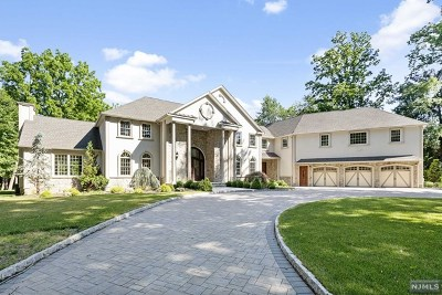 Franklin Lakes Single Family Home For Sale: 745 Colonial Road