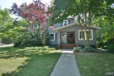 Ridgewood Single Family Home For Sale: 85 North Pleasant Avenue