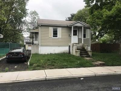 Little Ferry Single Family Home For Sale: 14-16 Brandt Street