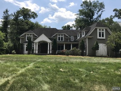 Upper Saddle River Single Family Home For Sale: 46 Hidden Glen Road