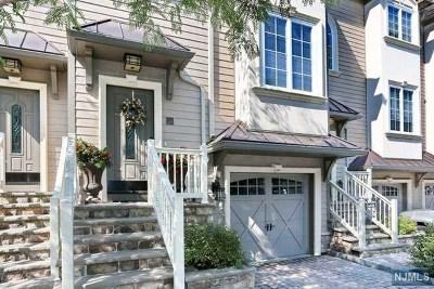Glen Rock Condo/Townhouse For Sale: 1 Glen Rock Square #A3