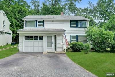 Waldwick Single Family Home For Sale: 17 Ridge Street