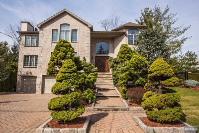 Fort Lee Single Family Home For Sale: 1111 Arcadian Way