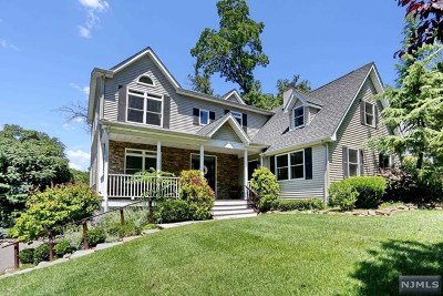 Woodcliff Lake Single Family Home For Sale: 9 Prospect Avenue