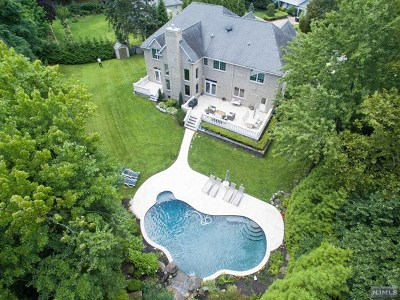 Closter Single Family Home For Sale: 31 Taylor Drive