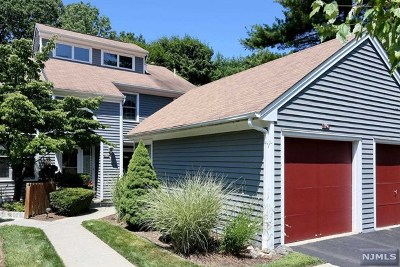 Mahwah NJ Condo/Townhouse For Sale: $399,900