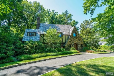Englewood Single Family Home For Sale: 178 Glenwood Road