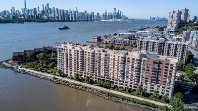 North Bergen Condo/Townhouse For Sale: 8100 River Road #907