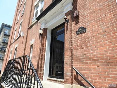 Hoboken Condo/Townhouse For Sale: 601 Monroe Street #1a