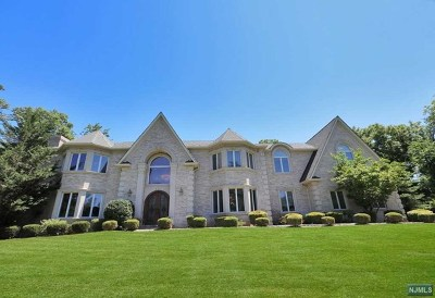 Franklin Lakes Single Family Home For Sale: 675 Orchard Lane
