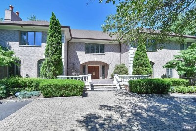 Saddle River Single Family Home For Sale: 36 Cameron Road