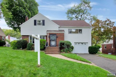 Teaneck Single Family Home For Sale: 193 Intervale Road
