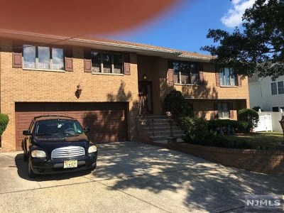 Rutherford Single Family Home For Sale: 55 Arthur Drive